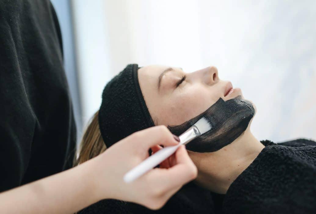 Peeling Facial Felicidad Carrera – Diagnóstico personalizado