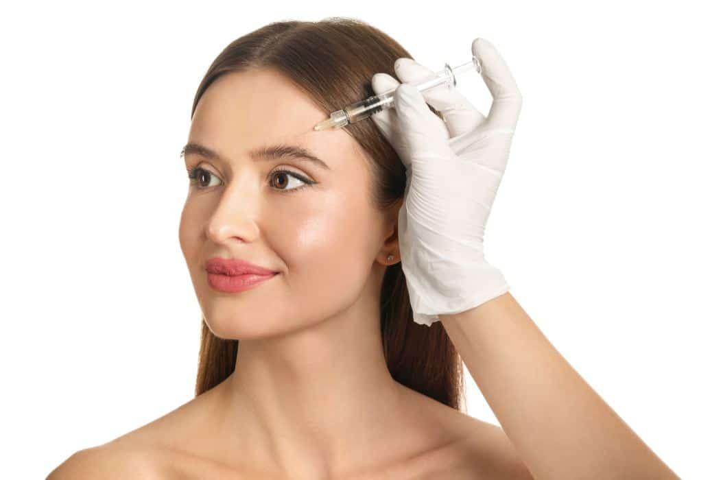 Revitaliza tu piel en Felicidad Carrera con el tratamiento de mesoterapia con vitaminas e hialurónico