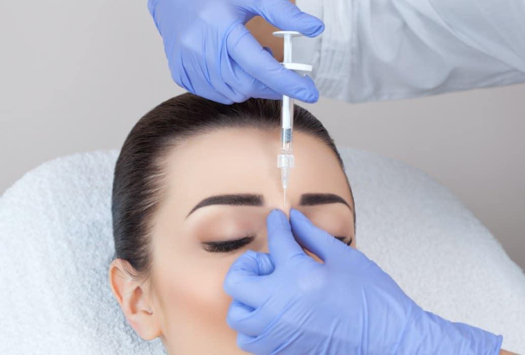 Tratamiento de relleno de arrugas sencillo y sin riesgo
