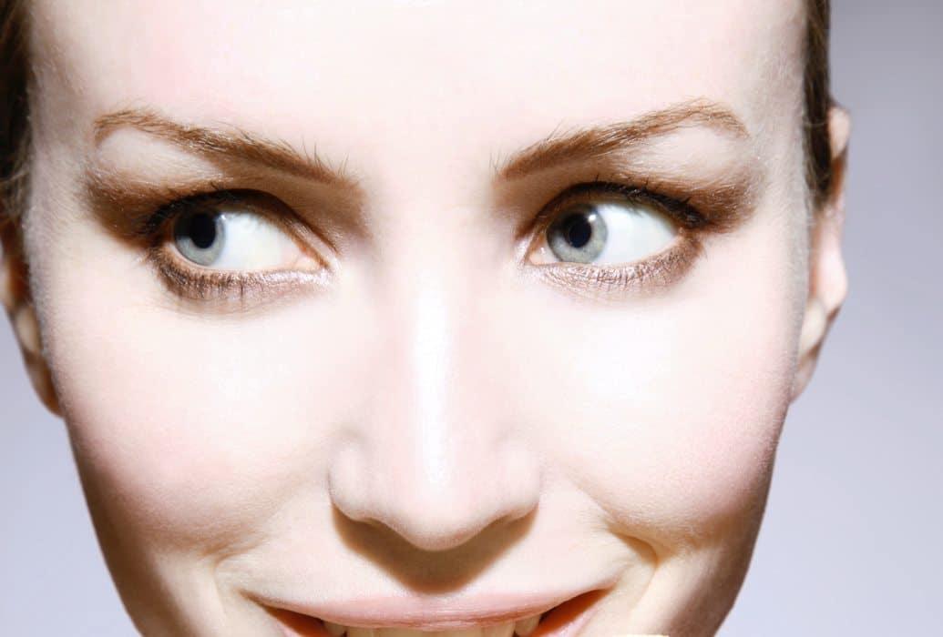 Efecto de luminosidad sobre la piel del rostro