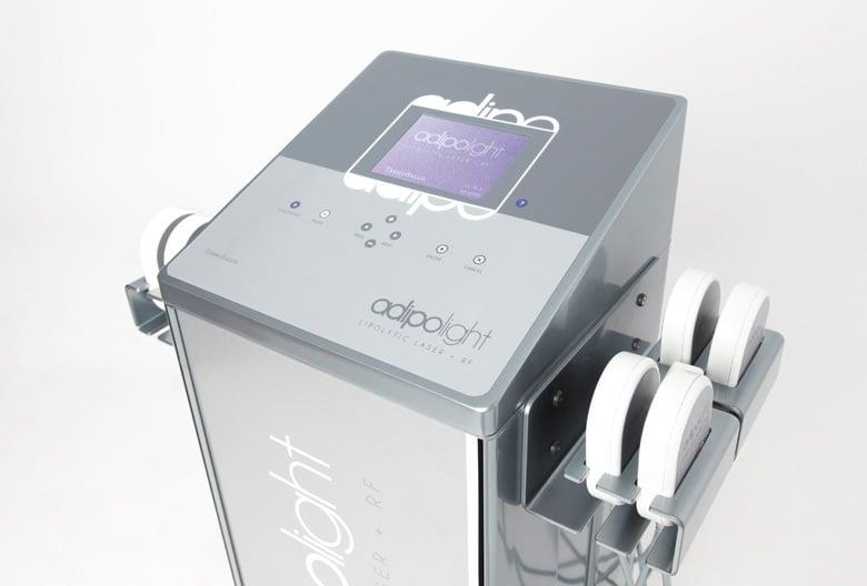 En Felicidad Carrera complementamos Adipolight con Radiofrecuencia para tratar la flacidez